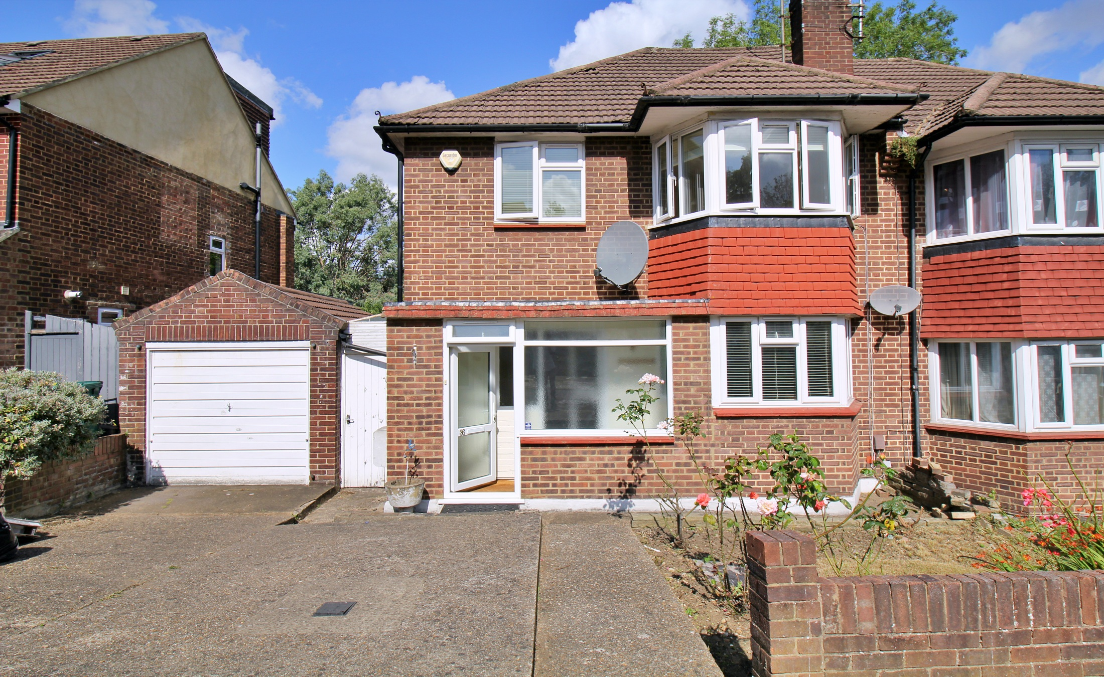 Three Bedroom House – West Finchley