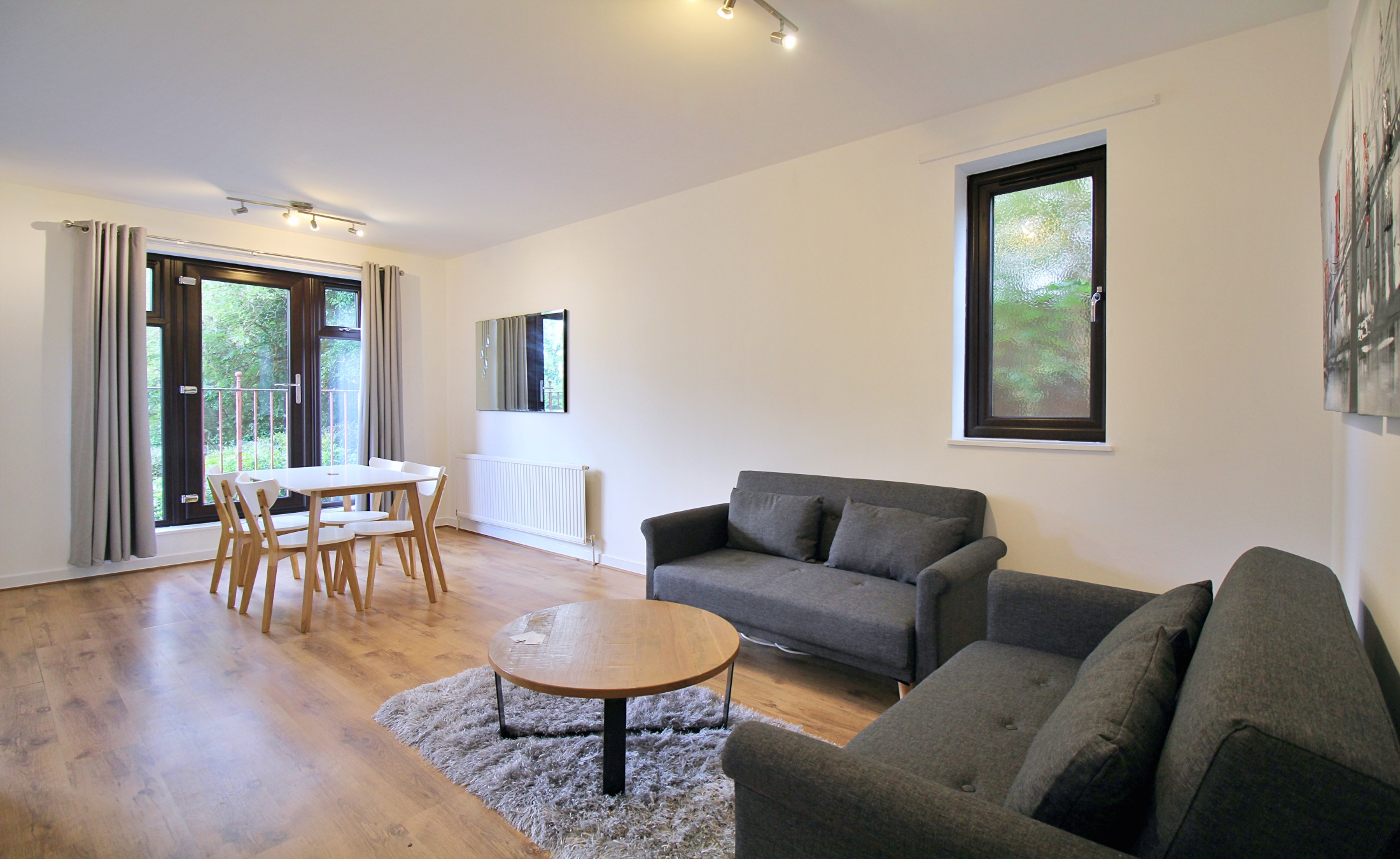 Two Bedroom Flat in West Finchley