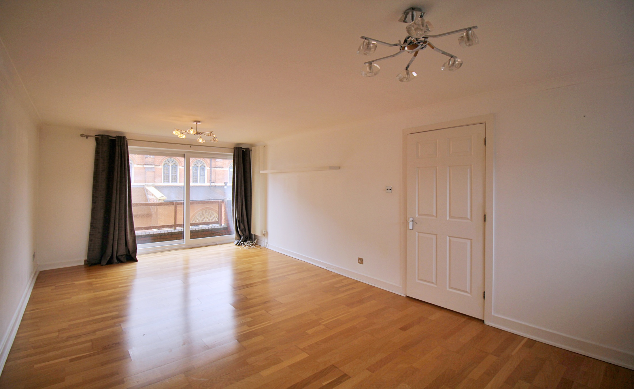 Two Bedroom Flat – Woodside Park London N12