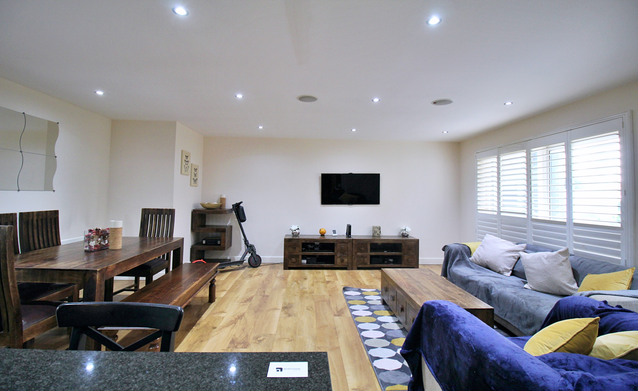 Two Bedroom Apartment For Sale – NW9 Beaufort Park, London
